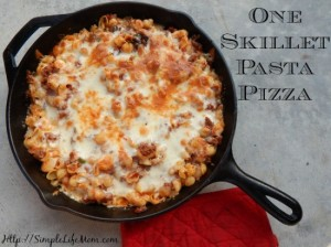 One-Skillet-Pasta-Pizza2-550x412